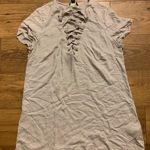 T-shirt dress with open crossing